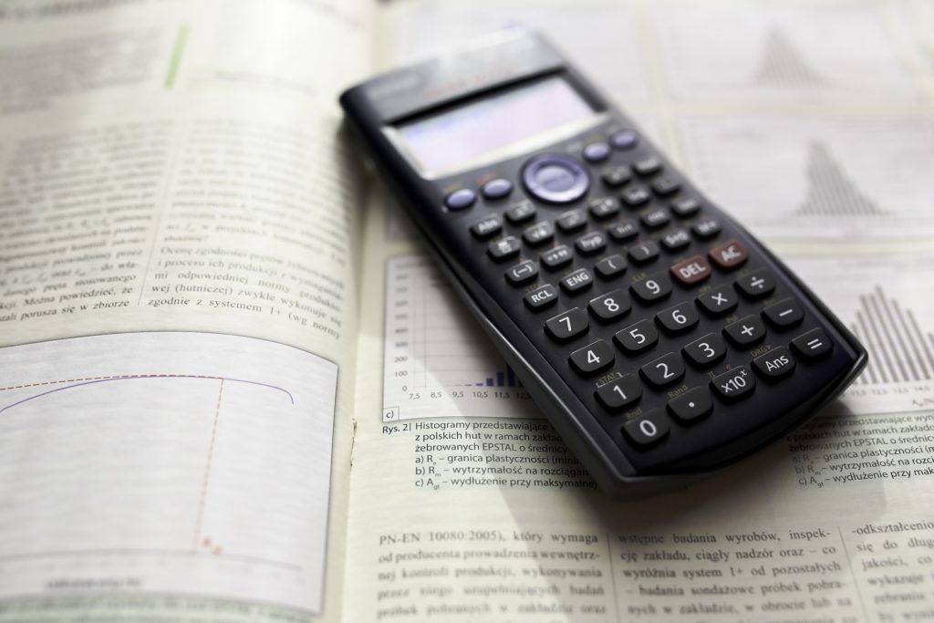 clases de estadística tfm en Málaga